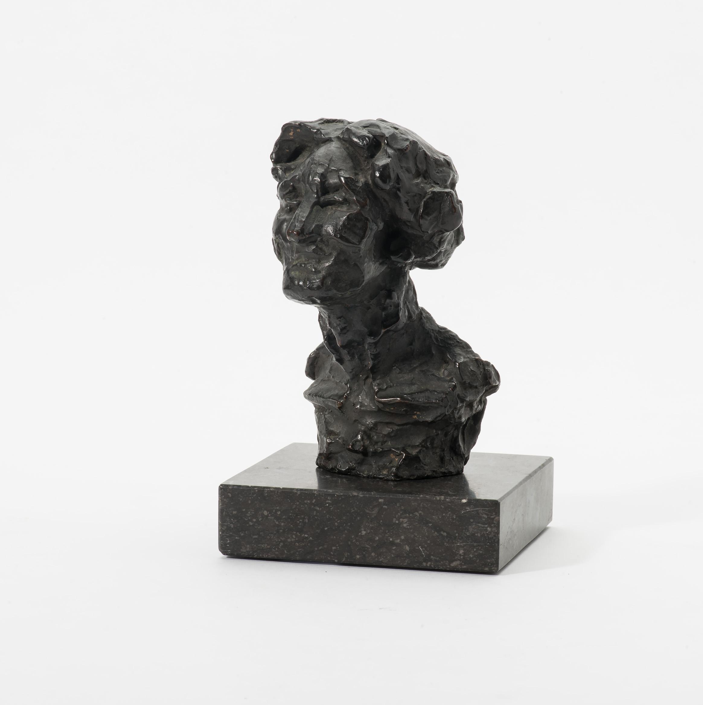 Gevraagd brons Mevrouw Duintjer (1959) door Charlotte van Pallandt