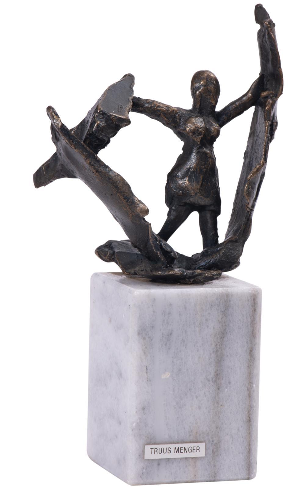 Vrouw in het Verzet / Woman in the resistance (c. 1982)